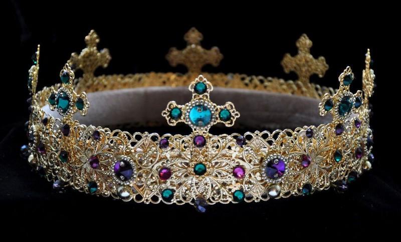 A Coroa – Contexto Arquetípico, Histórico e Esotérico